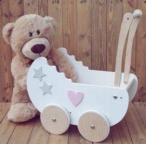 Drewniany wózek dla lalek -23%